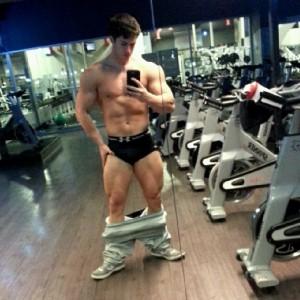 gym-selfie-2